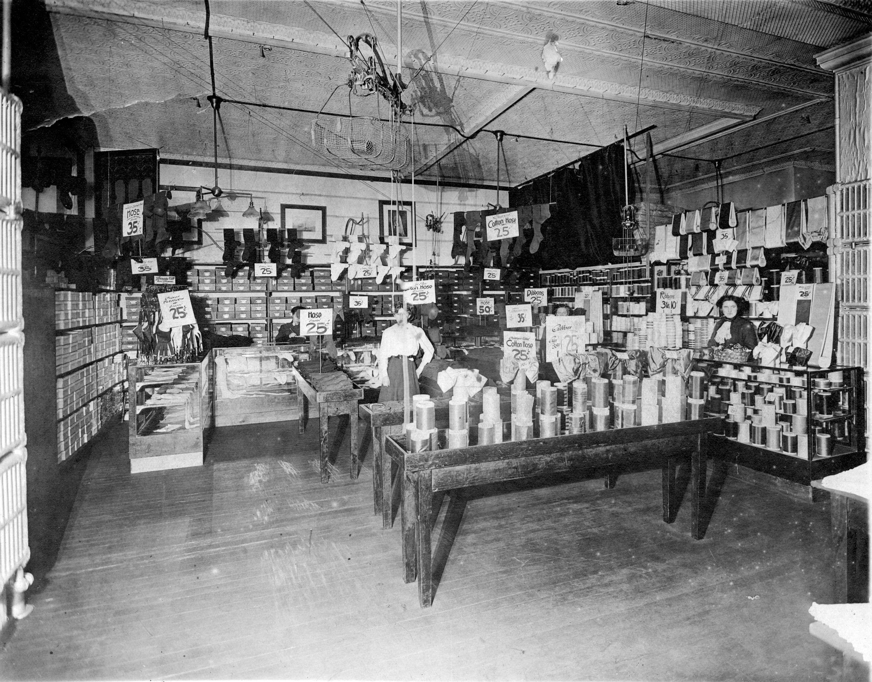 CVA-809-14-Interior of Woodwards-1905-NIS copy
