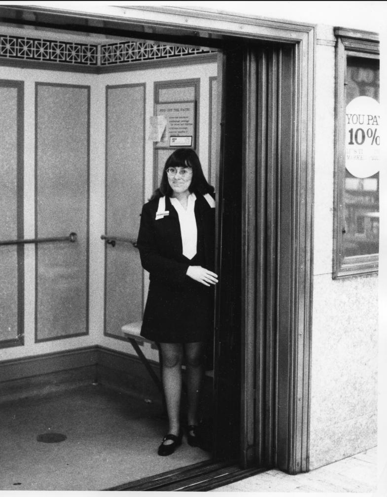 Elevators-img007-Eatons-hasting-street-store